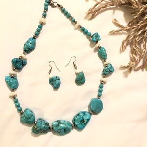 Jewelry - Turquoise Necklace and Earing set☀️